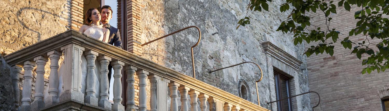 balcone cortile castello maresca: ricevimenti nunziali puglia