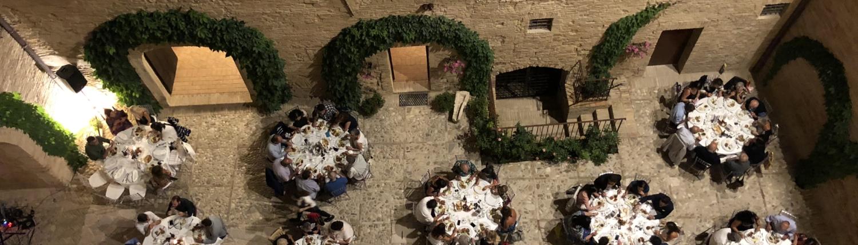 cortile per banchetti cerimonie nel castello maresca