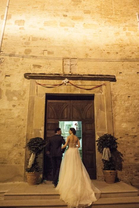 ingresso sposi nella cappella del castello maresca puglia