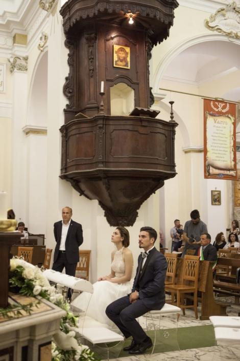 sposi nella cappella del castello maresca puglia