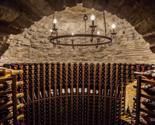 cantina vini nel castello maresca